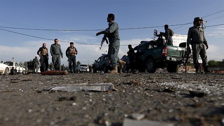 Al menos 20 muertos por tres explosiones durante un funeral en Kabul