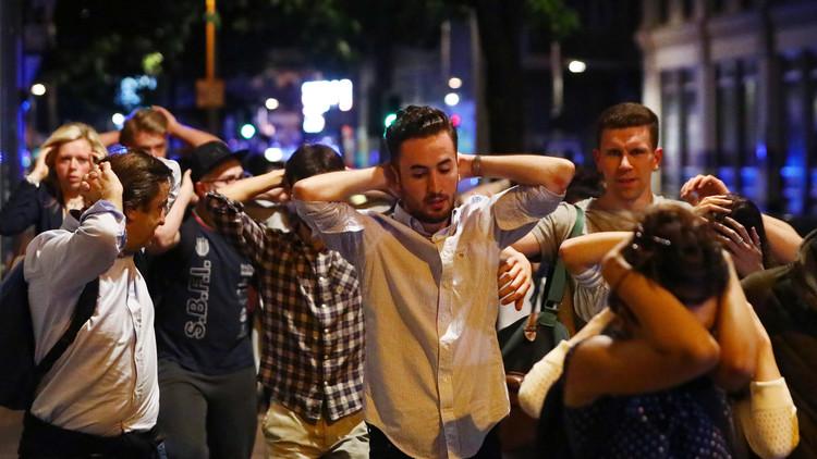 VIDEO: Pánico en un bar en la zona del ataque terrorista en Londres