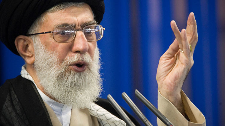 """El líder supremo de Irán sobre el ataque de Londres: """"Crearon este infierno y ahora les golpea"""""""
