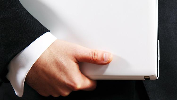 La Justicia de EE.UU. frustra los sueños de un hombre que quería casarse con su portátil