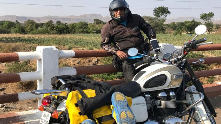 El actor y director de Bollywood Aditya Raj Kapoor atravesará Rusia en moto