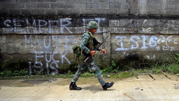 Familias rotas y ruido de disparos: el drama de los civiles rescatados del cerco yihadista en Marawi