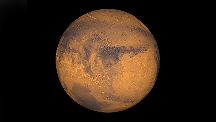 FOTO: Un agujero gigante en la superficie de Marte desconcierta a los científicos