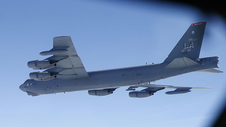 Un caza ruso intercepta un bombardero estadounidense en el mar Báltico
