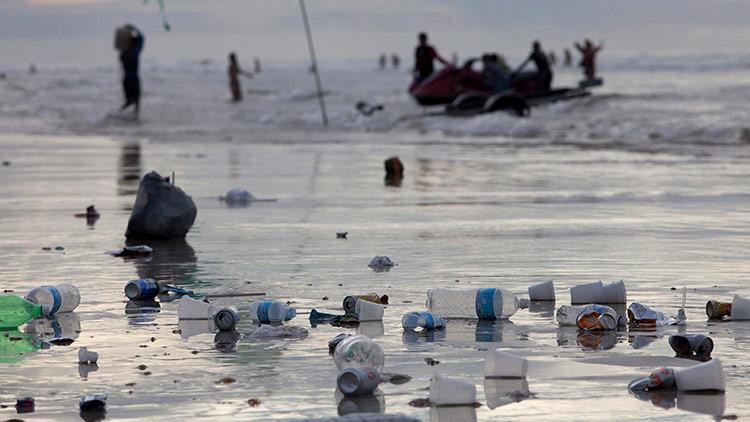 """""""Diez millones de toneladas de basura al año acaban en los mares y océanos del mundo"""""""