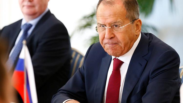 Lavrov: Las zonas de seguridad en Siria no aprobadas por Damasco son ilegítimas