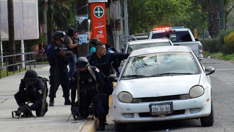 Un penal de México se convierte en un campo de batalla: Hay 7 muertos y 13 heridos (Videos)