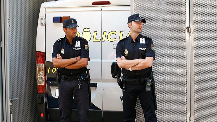 España: dos hombres detenidos por participar en la violación múltiple de una mujer