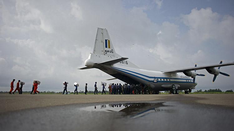 Encuentran el avión militar birmano desaparecido y los cuerpos de los pasajeros