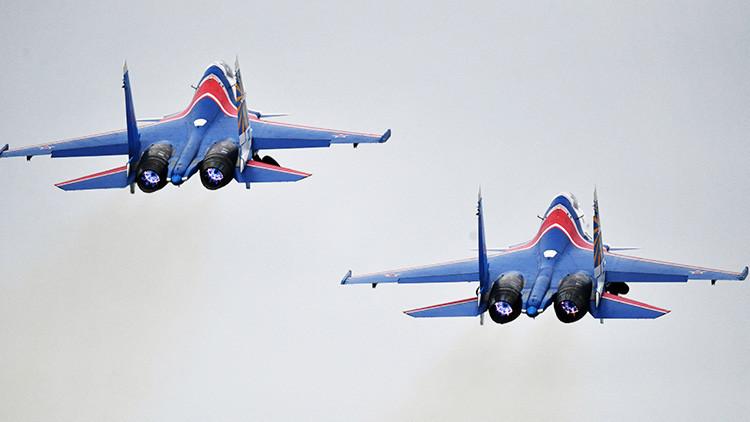 Video: Así realiza un avión de combate ruso una de las maniobras de vuelo más difíciles