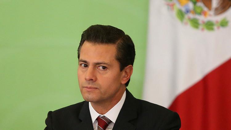 ¿Peña Nieto llevaba un arma?: Un video del presidente de México se viraliza