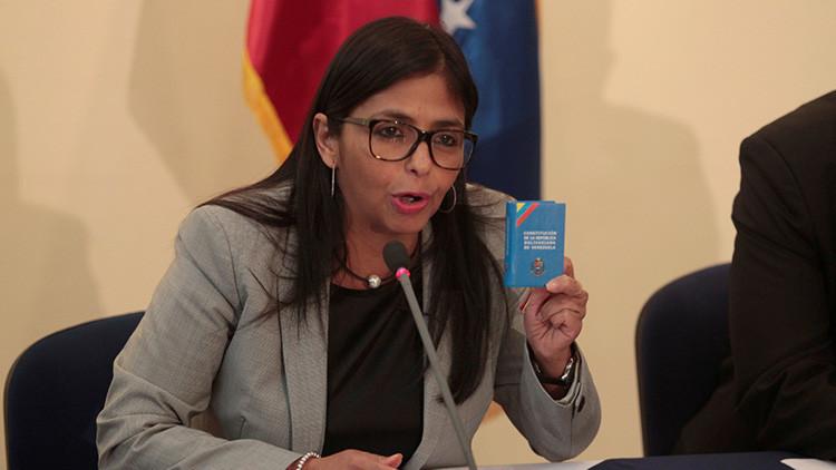 """Venezuela acusa a Merkel de promover """"violencia opositora"""" en el país"""