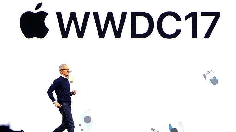 """""""¡Estoy impaciente por ver más!"""": un 'Steve Jobs' de diez años impresiona al director de Apple"""