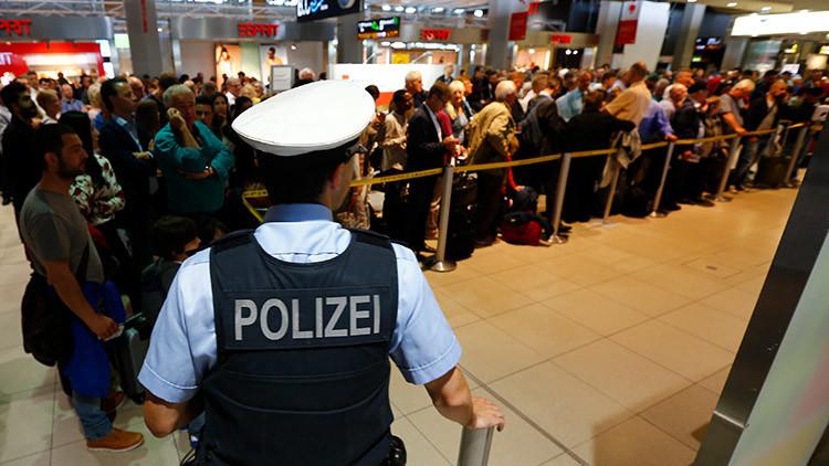 Alerta a bordo: Arrestan en Alemania a 3 pasajeros en vuelo a Londres por sospechas de terrorismo