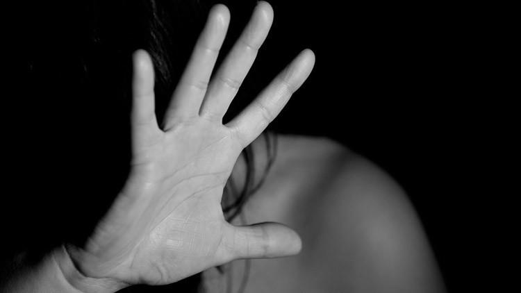 EE.UU.: Indemnizan con 6,7 millones de dólares a una prisionera, violada por un guardia en la cárcel