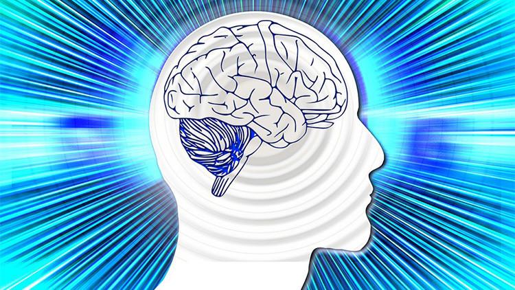 Cerebros con más chispa: ¿Llevaremos 'sombreros eléctricos' que nos hagan más inteligentes?