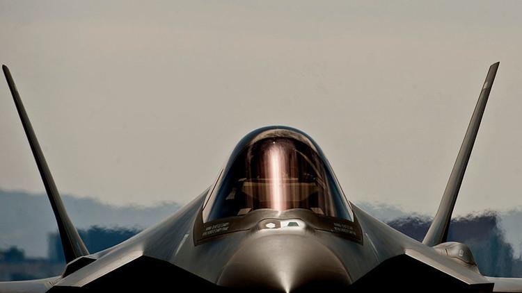 EE.UU. suspende las operaciones de decenas de cazas F-35 por falta de oxígeno en pleno vuelo