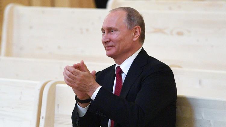 """""""¿Tiene pesadillas por las noches?"""": Putin responde a las peculiares preguntas de Oliver Stone"""