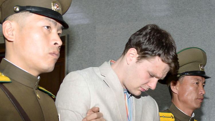 El estudiante estadounidense liberado por Corea del Norte se encuentra en coma