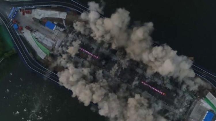 VIDEO: Demuelen en 3 segundos un puente de 150 metros de largo en China