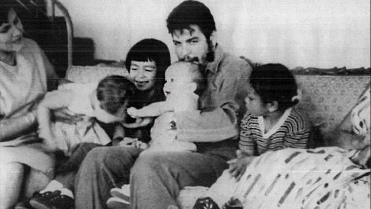 """""""¿Por qué quiero a mi papá si no estaba a mi lado?"""" El Che Guevara, en el recuerdo de su hija Aleida"""