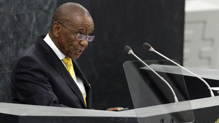 La esposa de un primer ministro africano muere tiroteada en la víspera de la toma de posesión