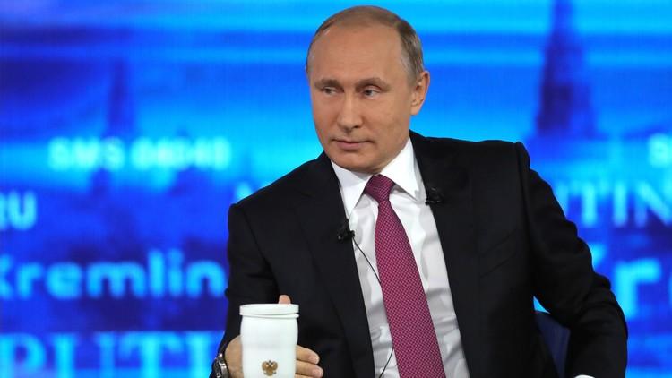 Línea directa con Putin: Nace un bebé durante la transmisión en un hospital