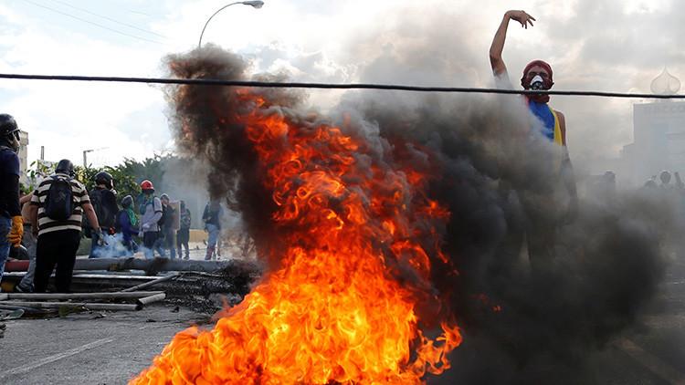 """""""Los grupos de choque en Venezuela no se reconocen como organización armada"""""""