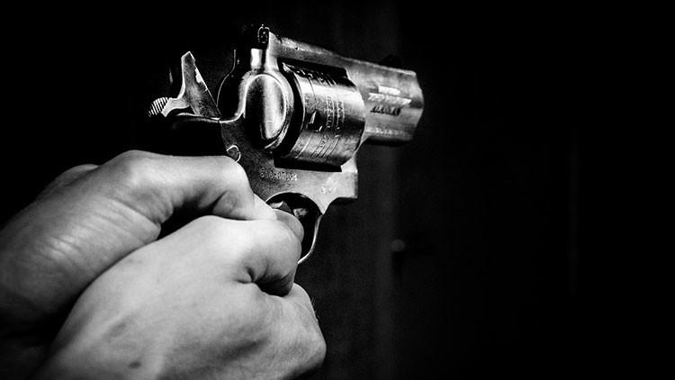 Asesinato a balazos es captado por cámara de emisora radial