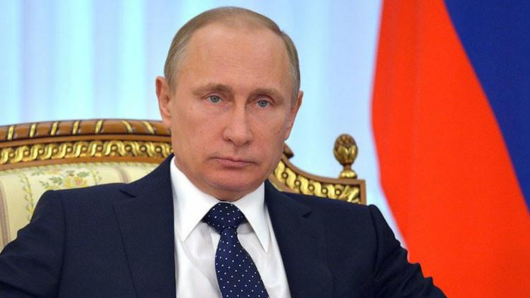 """""""Cartago debe ser destruida"""": Lo que revela sobre EE.UU. la reacción a 'Las entrevistas a Putin'"""