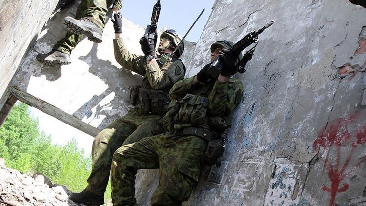 La OTAN despliega tropas en Lituania ante la supuesta amenaza rusa (VIDEO)