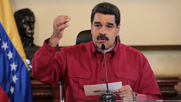 """Maduro carga contra Twitter por la suspensión de """"miles"""" de cuentas de chavistas"""