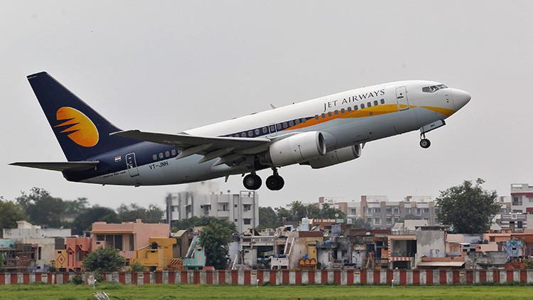 Jet Airways regala un pase gratis de por vida a un bebé nacido en mitad de un vuelo
