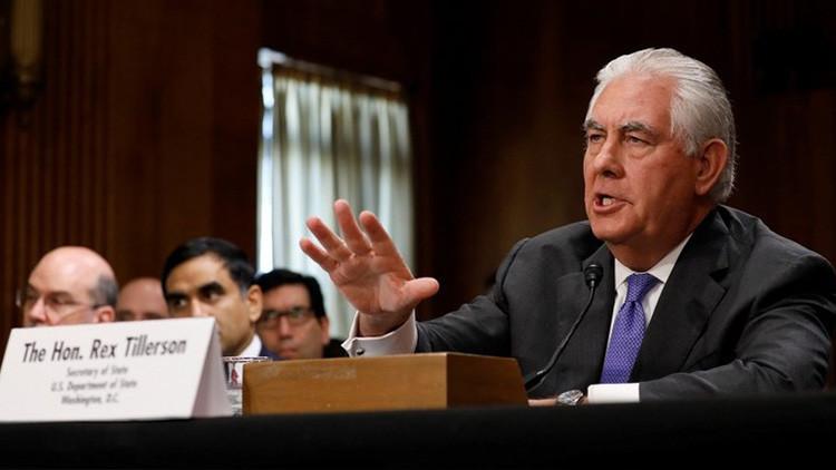 Medios de EE.UU. revelan un 'plan secreto' de Tillerson para reconstruir las relaciones con Moscú