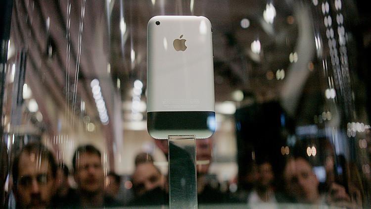 El nacimiento de una leyenda: Revelan detalles inesperados sobre la producción del primer iPhone