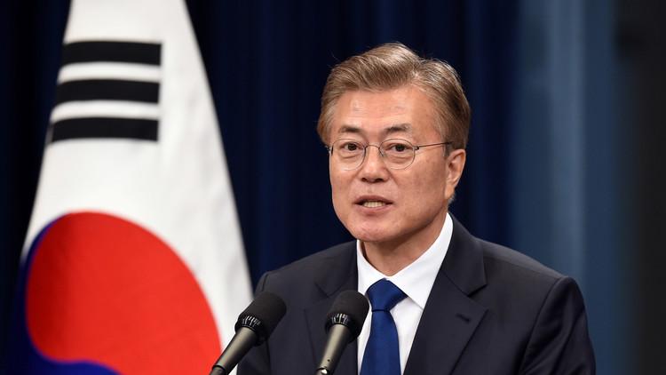 """El presidente surcoreano dice que Kim Jong-un es """"un hombre muy peligroso"""""""