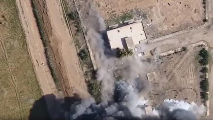 VIDEO: Dron capta el momento de la explosión de un coche bomba contra una base kurda en Siria