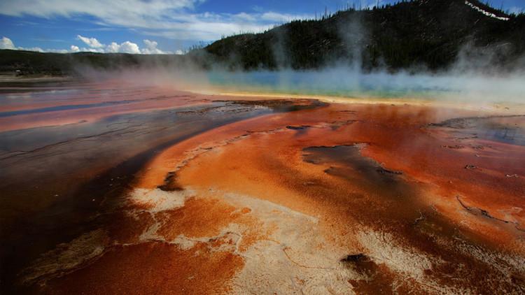 """Advierten de que una erupción del supervolcán de Yellowstone podría """"sacar las tripas a EE.UU."""""""