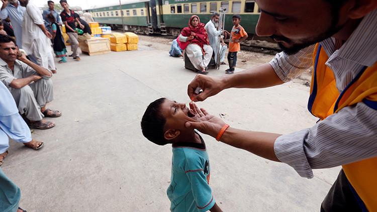 El brote de la polio en Siria deja 17 niños paralizados