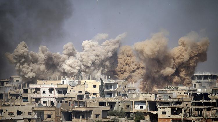 """Superviviente de un bombardeo de la coalición: """"EE.UU. ataca más a los civiles que al EI"""""""