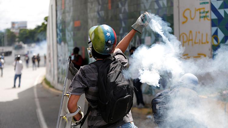 """""""La Constitución de Venezuela no ofrece la posibilidad de ninguna forma de 'rebeldía civil'"""""""