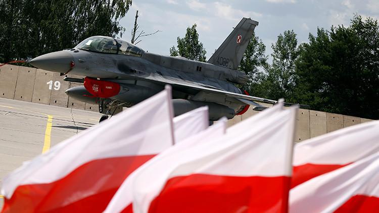 Los cazas F-16 que se acercaron al avión del ministro ruso de Defensa eran polacos