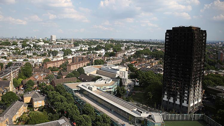 27 edificios residenciales corren mismo riesgo que torre Grenfell — Reino Unido