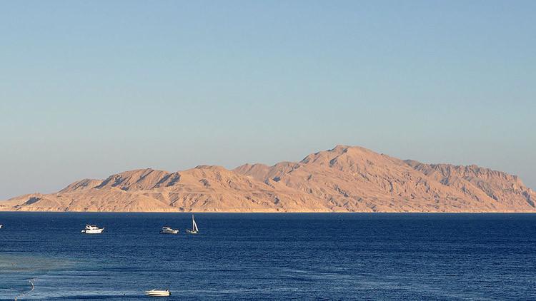 Arabia Saudita asume la soberanía de las dos islas del mar Rojo cedidas por Egipto