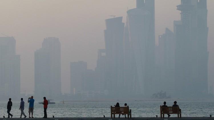 """Emiratos Árabes: si Catar no obedece, la alternativa es """"tomar caminos separados"""""""