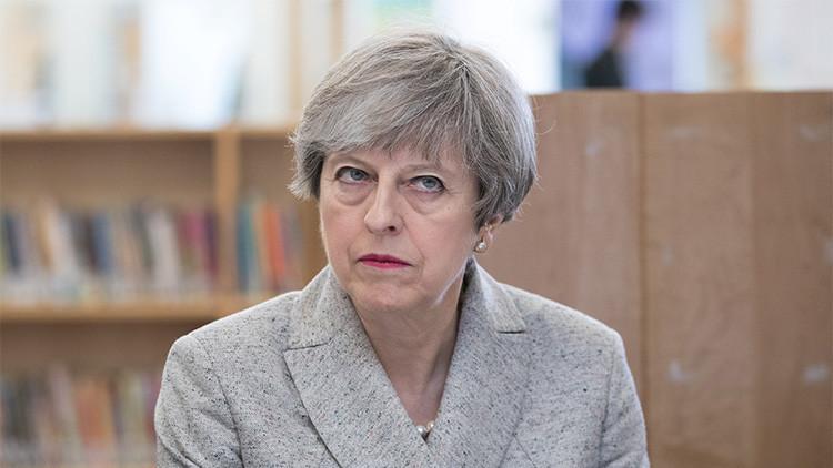 ¿Podría Theresa May ser acusada de conspirar para cometer crímenes de guerra en Moscú?