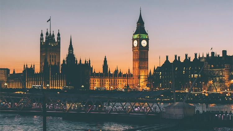 Londres podría responder a los cibercriminales con un ataque aéreo