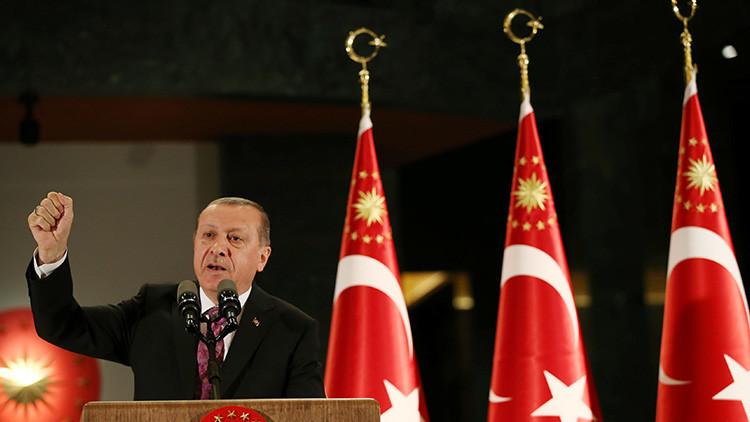 Erdogan amenaza con lanzar una operación militar contra los kurdos en Siria