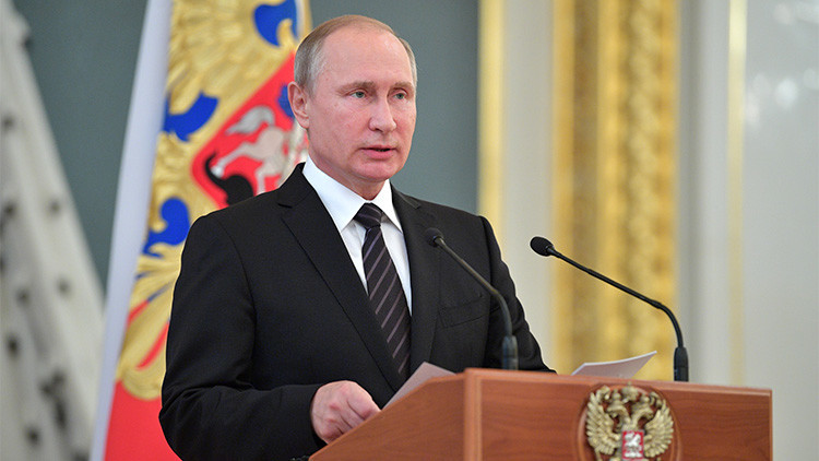 """Putin: """"Seguiremos aumentando el potencial militar de Rusia para contrarrestar una posible agresión"""""""