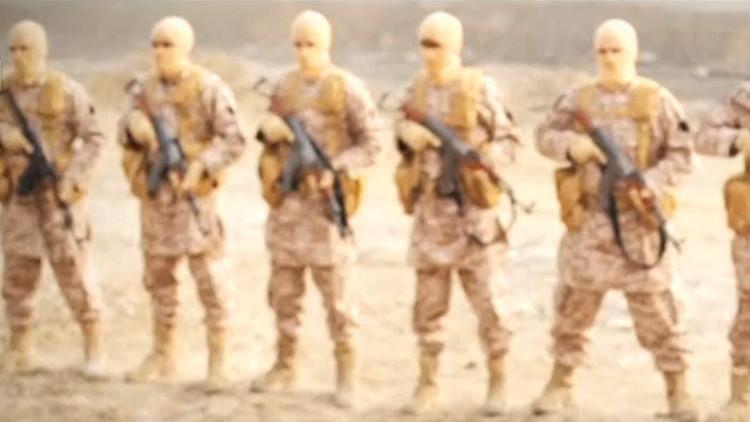 El Estado Islámico mantiene atrapados a 100.000 civiles en Raqa, asediada por la coalición de EE.UU.